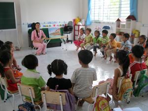 Học chữ trước tuổi: Phụ huynh đừng gây sức ép cho con
